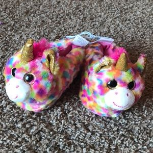 NWT Unicorn Toddler Fuzzy Soft Slippers